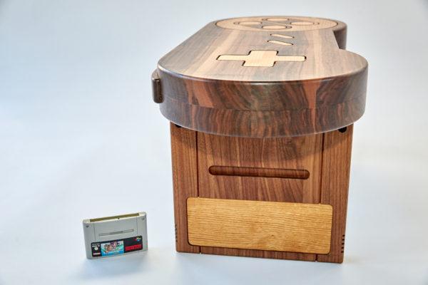 Super Nintendo Controller als Couchtisch für Gamingroom