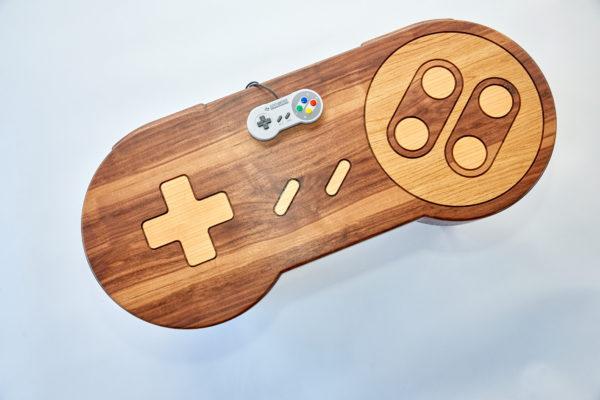 super nintendo controller als couchtisch für gamingzimmer