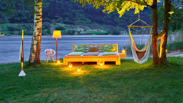 Metallfreies und flexibles Familienbett aus Zirbenholz